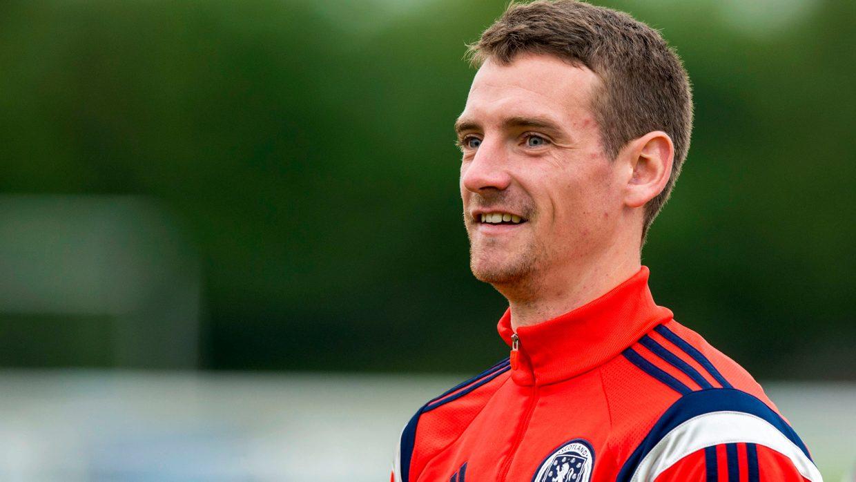 CRAIG BRYSON AGREES PRE-CONTRACT WITH ABERDEEN