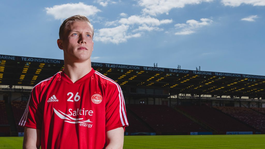 Miko Virtanen signs new Deal