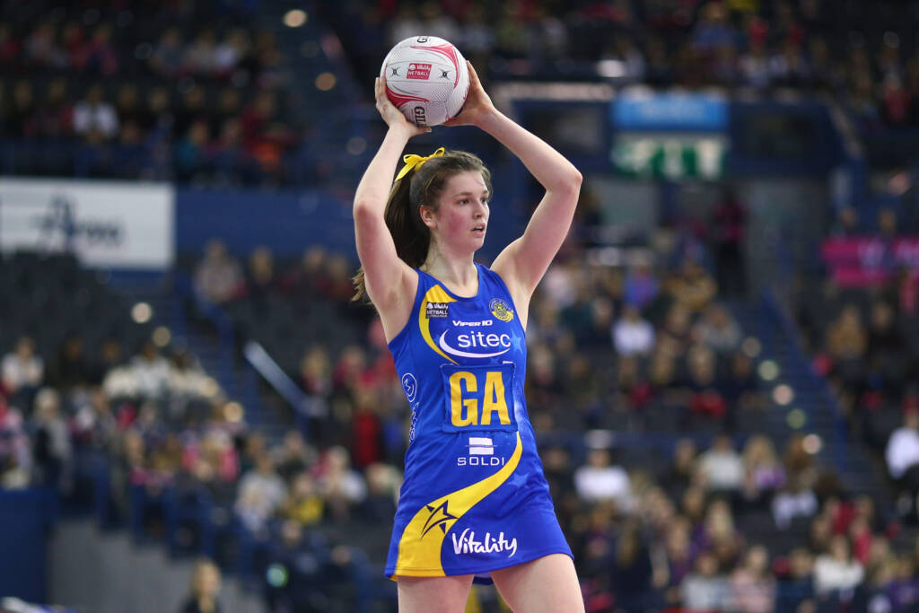 Sophie Drakeford-Lewis in action for Team Bath Netball.