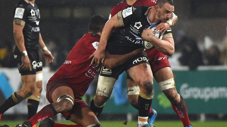 Montpellier claim bonus-point win over Toulon in tough conditions
