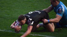 Bristol book quarter-final spot after big win