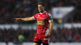 Tissot 10: Priestland rounds off blistering move for Scarlets