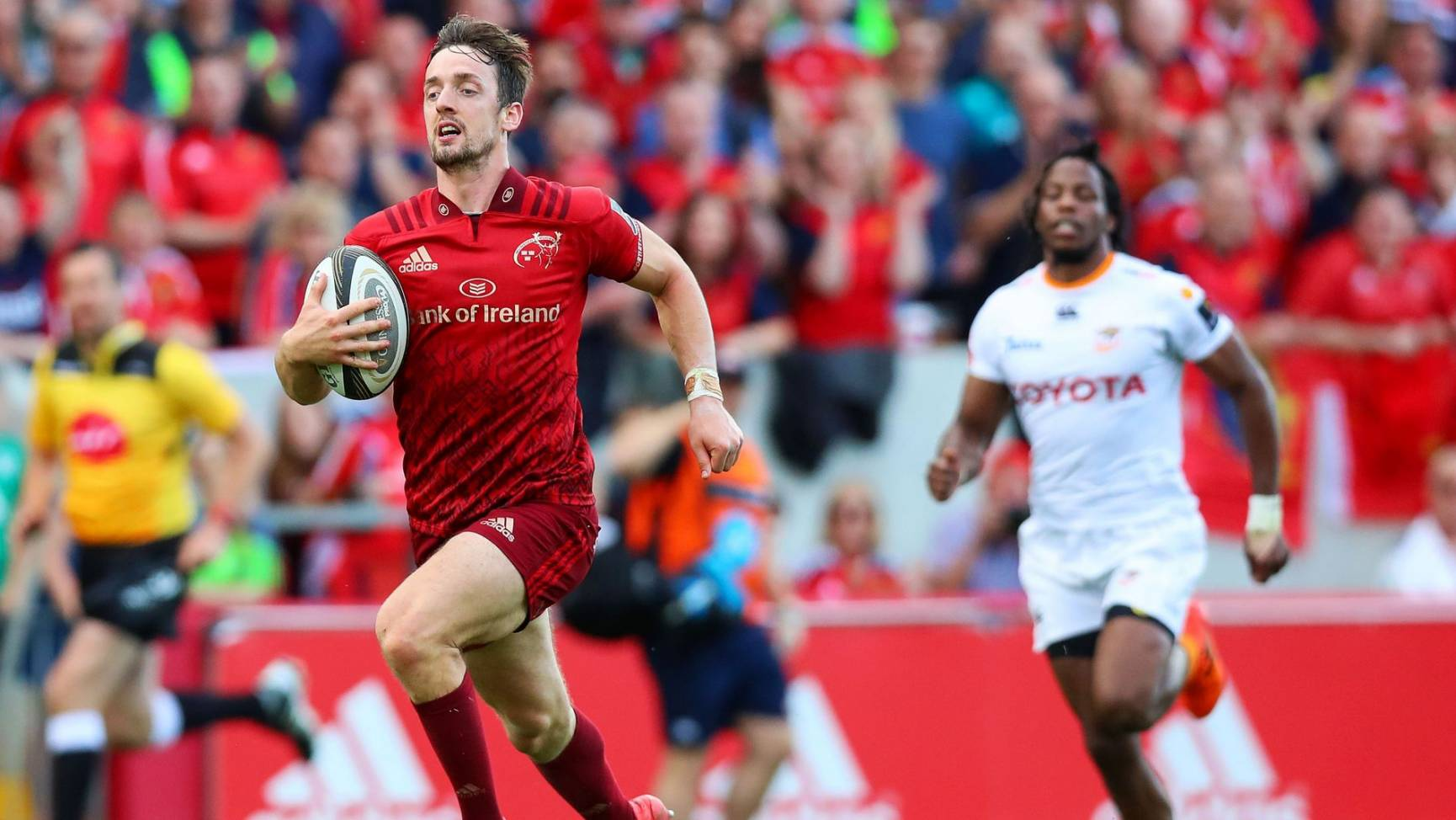 487b09b83d9a6 Irish Rugby | Sweetnam In Man-Of-The-Match Form As Munster Hit ...