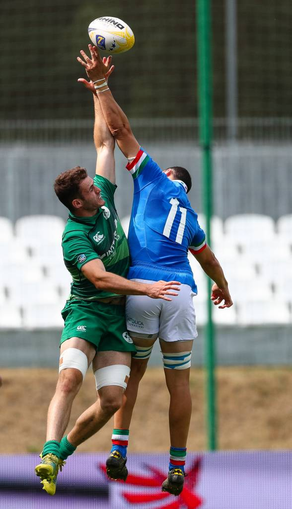 Irish Rugby   Debutants Help Ireland Men To Make Last-Eight