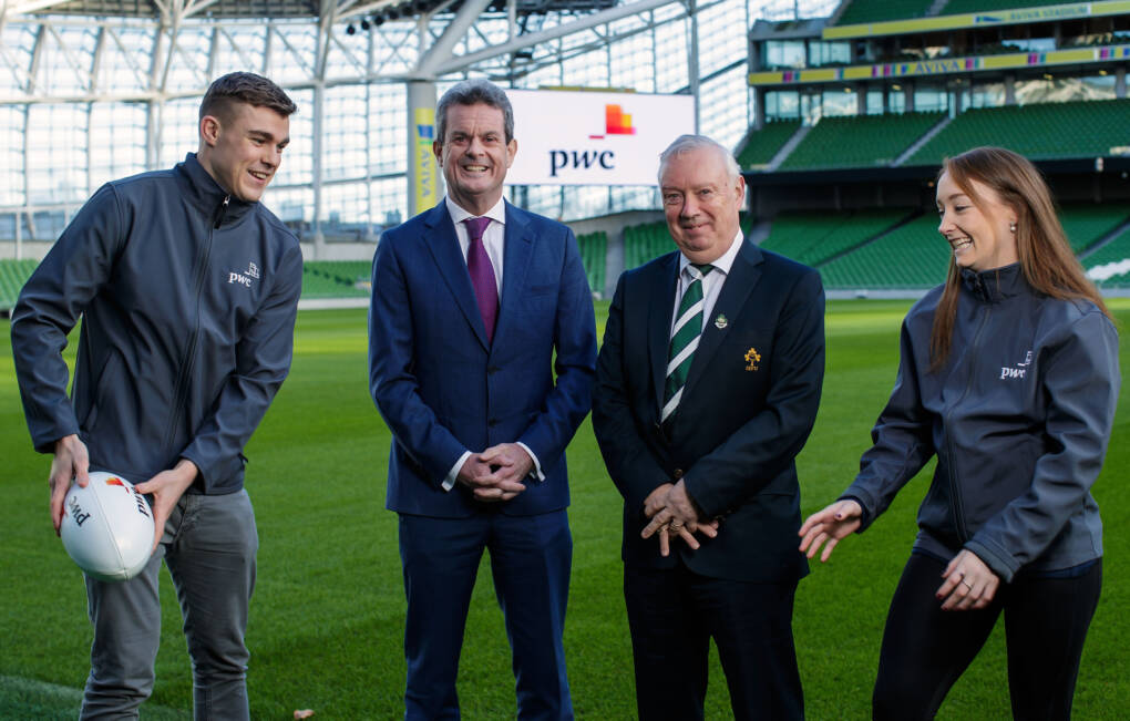 Ringrose And Sheehan Help PwC Celebrate Its Support Of Irish Rugby