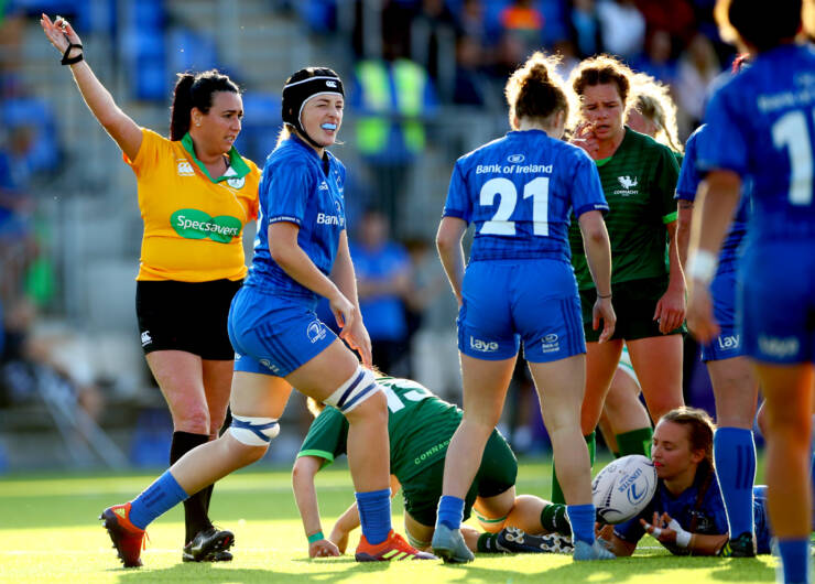 Grainne Crabtree refereeing an Interprovincial game earlier this season