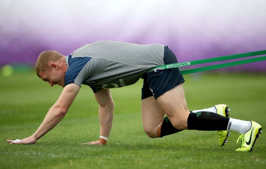 Keith Earls prepares for Ireland training