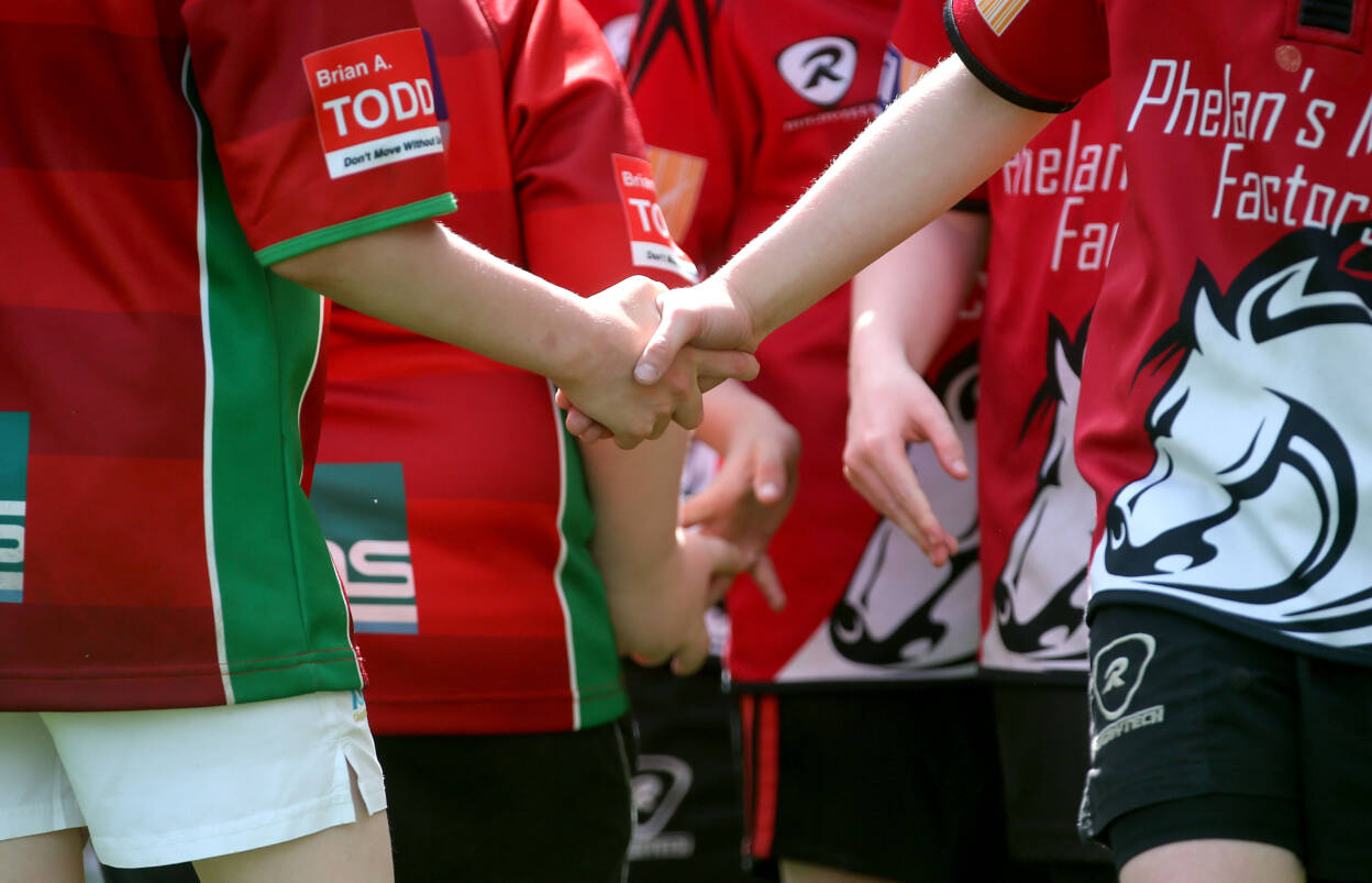 Aviva Mini Rugby Festival 17/5/2014 The teams shake hands after the game Mandatory Credit ©INPHO/Ryan Byrne