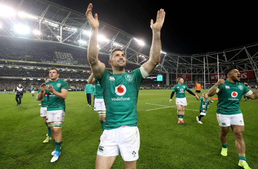 Rob Kearney celebrates after the game 17/11/2018