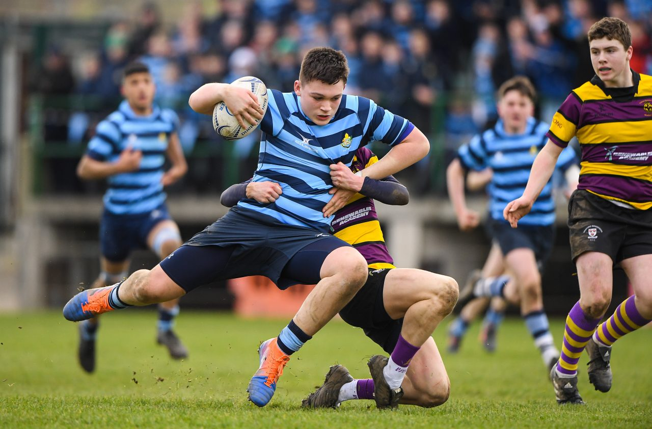 Castleknock College qualify with commanding victory