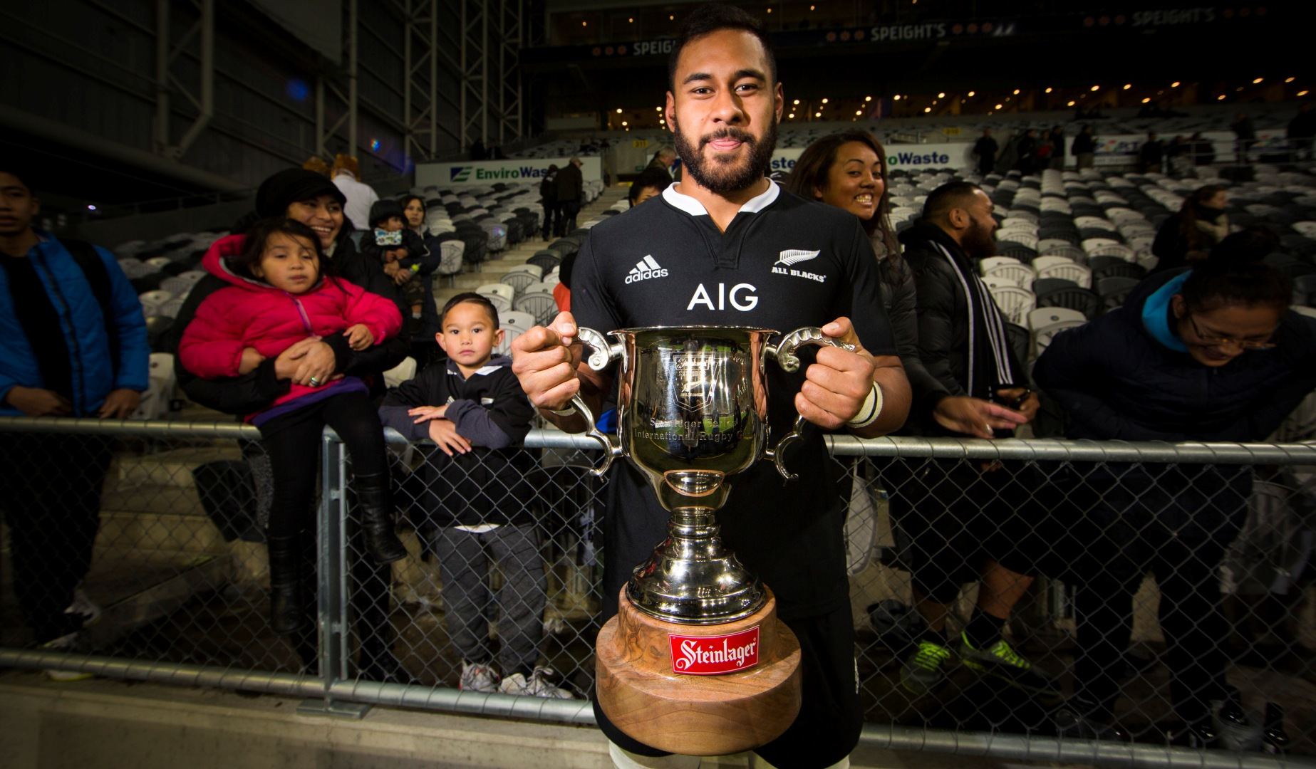 Tuipulotu signs new deal with the Blues