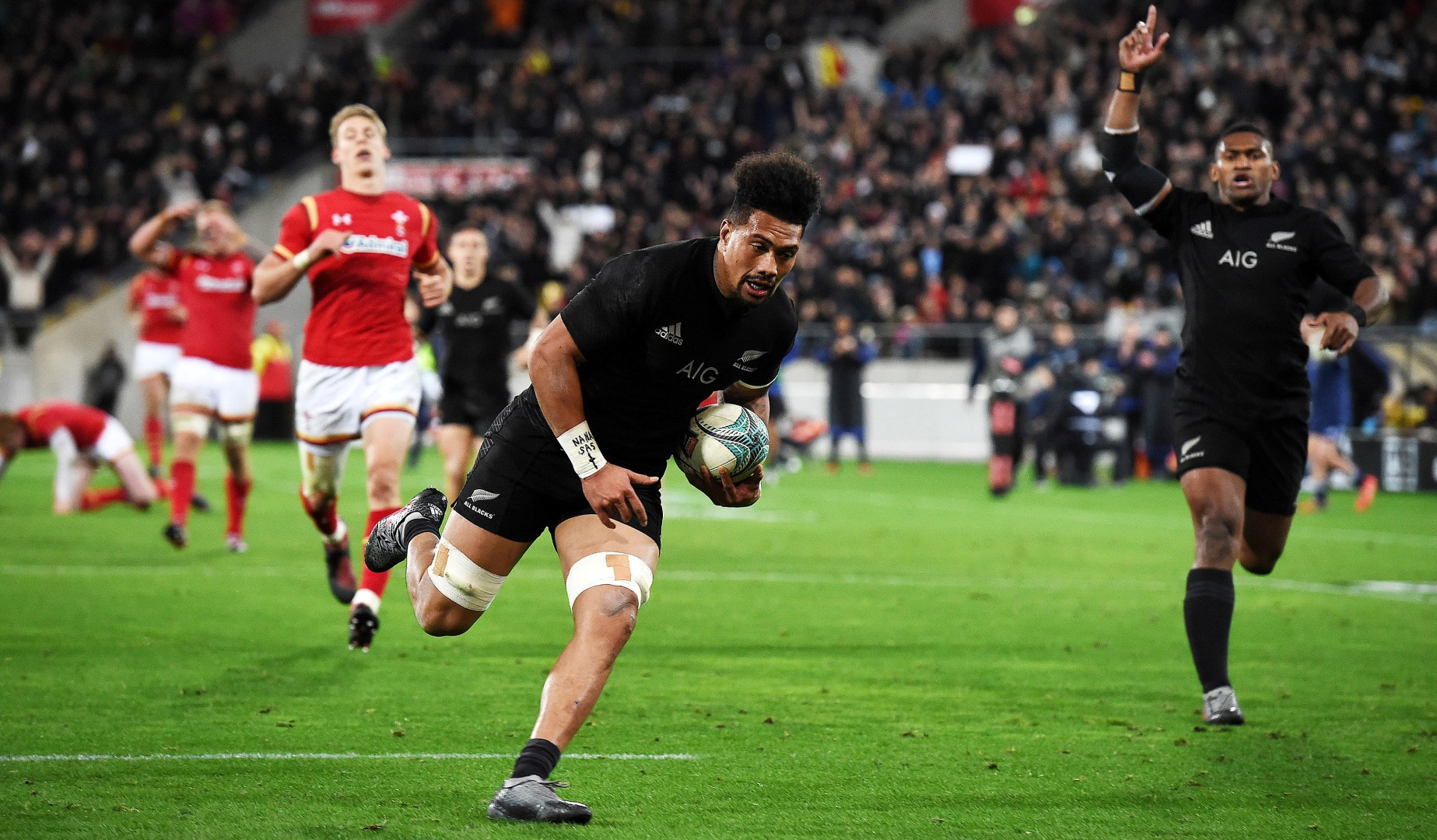 Savea brothers line up together in round four of the Rugby Championship