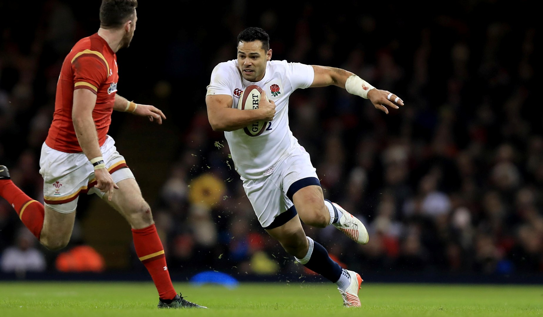 LionsWatch: Te'o partners Farrell in England midfield against Italy