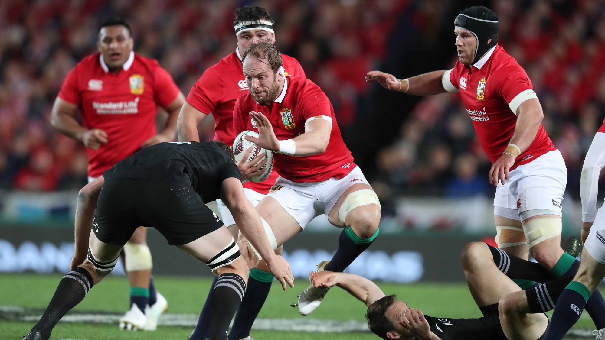 Gatland hails skipper Jones after Grand Slam win