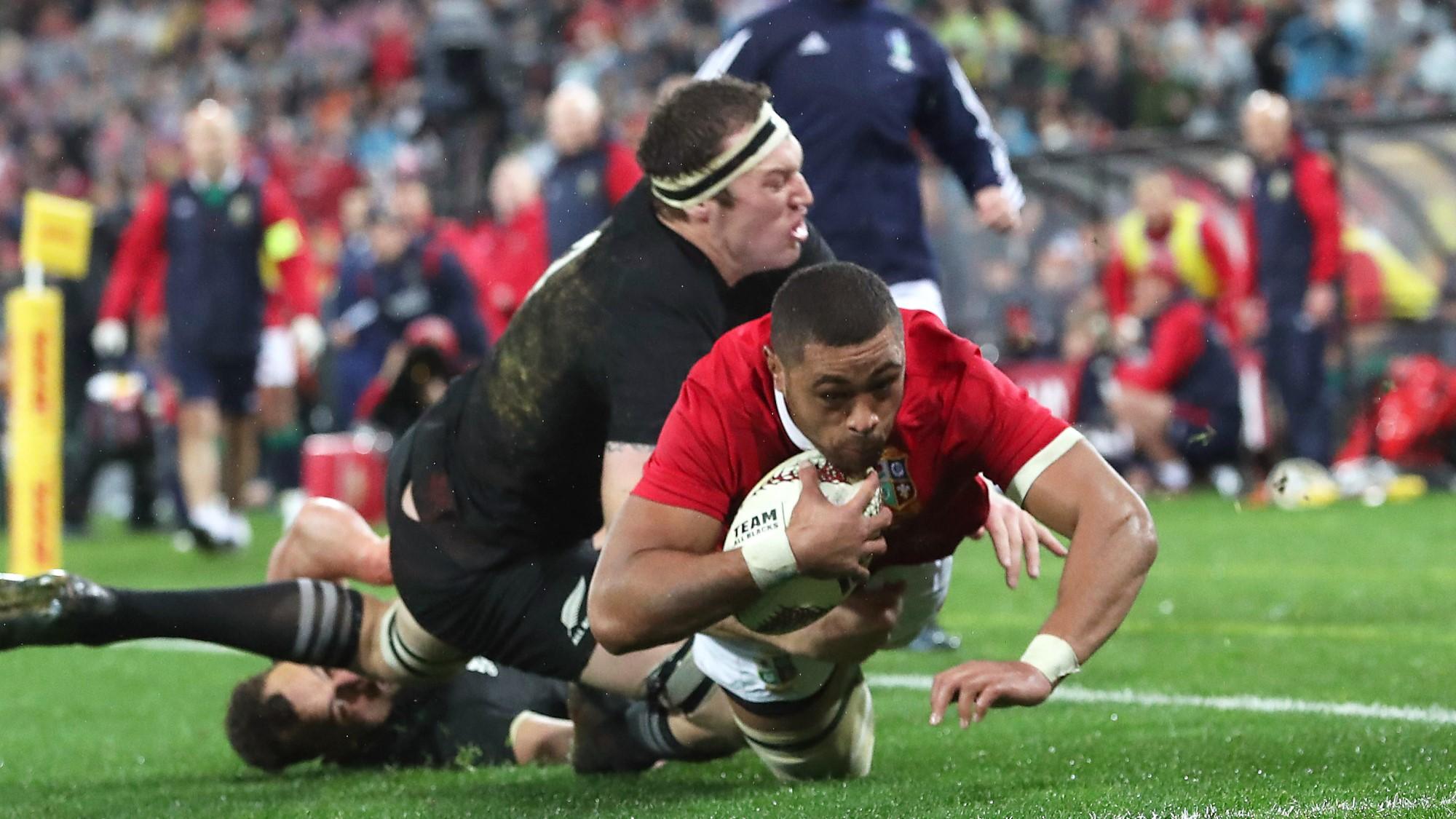 Faletau's in flying form on injury return