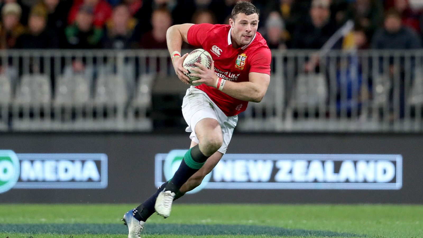 Henshaw to start at full-back for Ireland for first time in six years