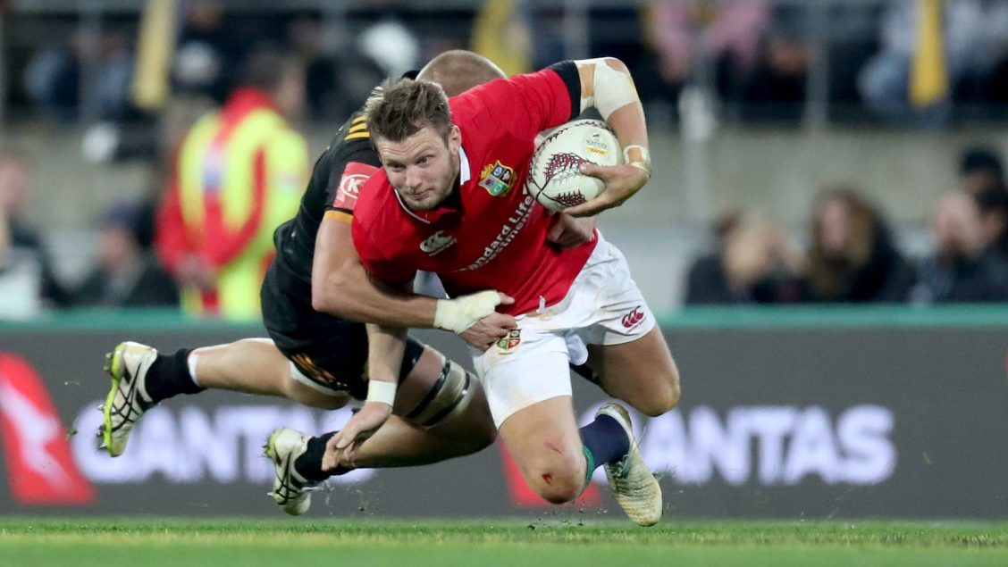 Biggar returns to Wales starting XV for England clash in Cardiff