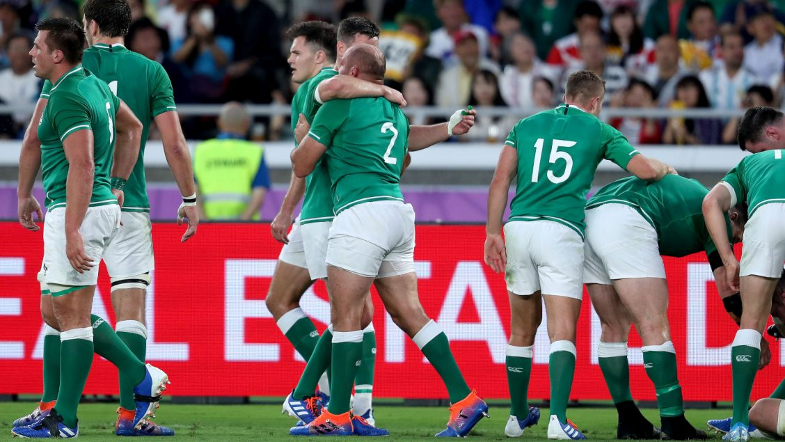 Best leads the way as Ireland get off to a flyer
