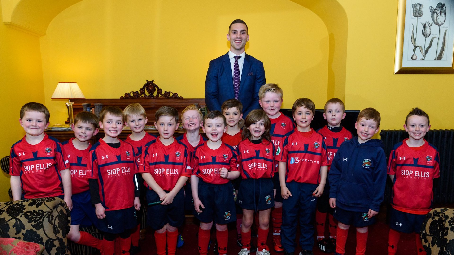 George North with Llangefni players