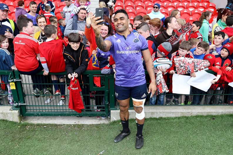 4641d3e2f35 Munster Rugby | WATCH: Fans Out In Force At Open Training Session