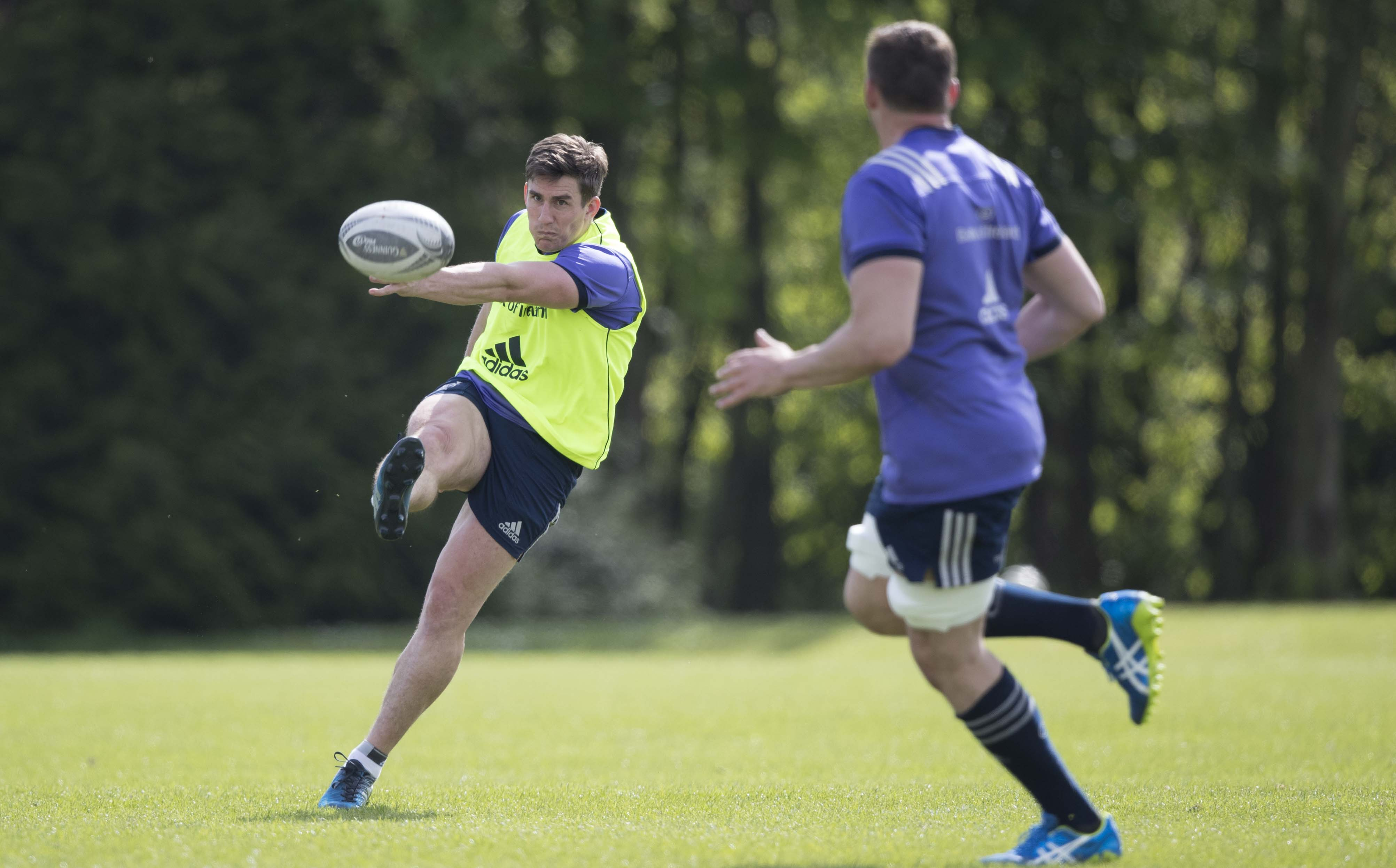Ian Keatley will make his 150th Munster appearance against Connacht this weekend.