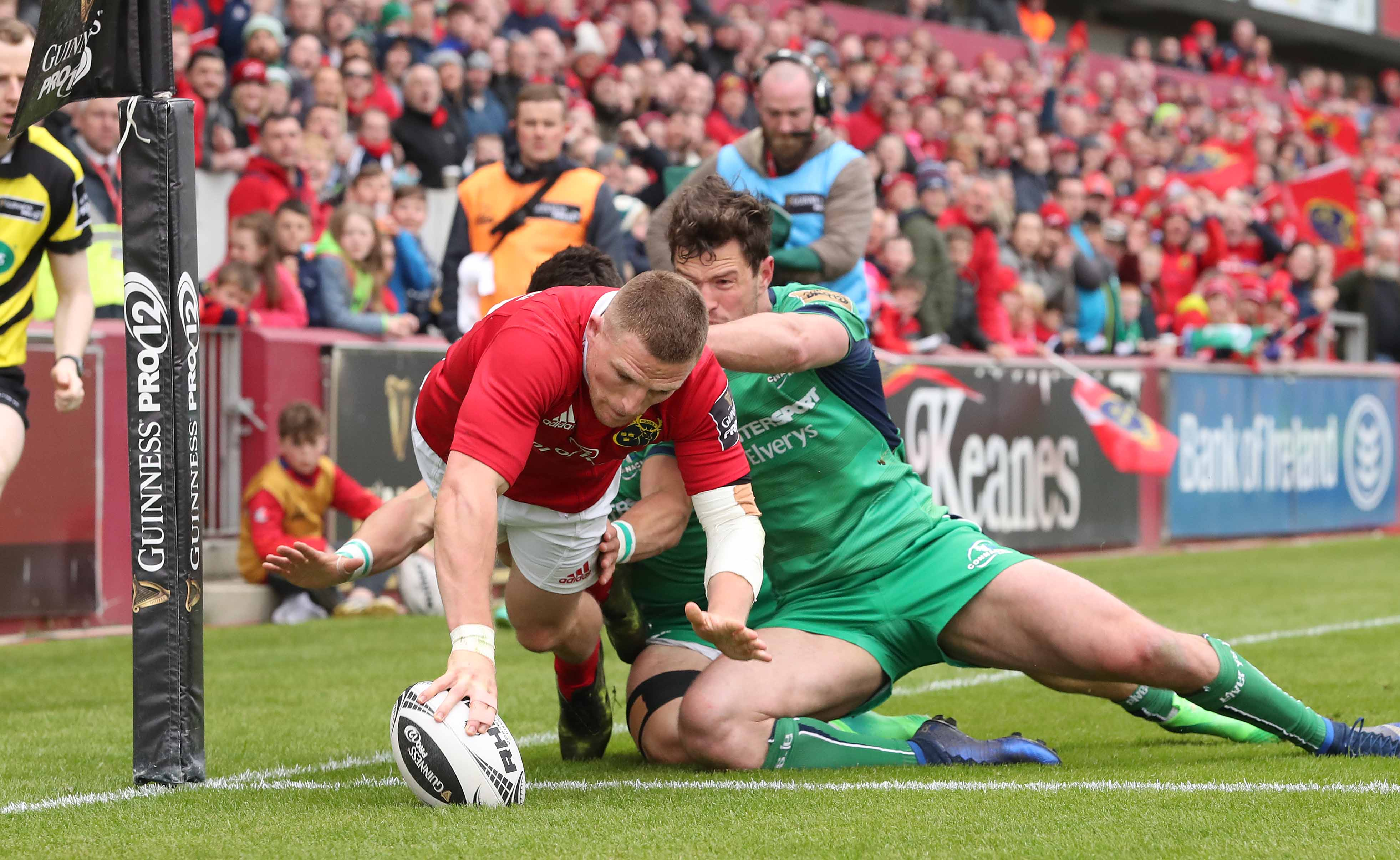Andrew Conway touches down against Connacht in round 22.