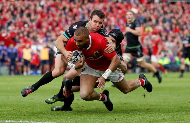 Simon Zebo completes a magical try by the Munster backs against Ospreys on Saturday.