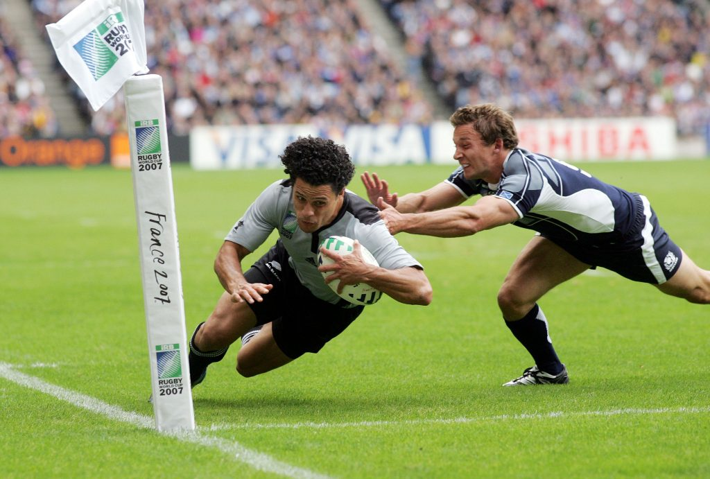Doug Howlett becomes the All Blacks record try scorer against Scotland in 2007.