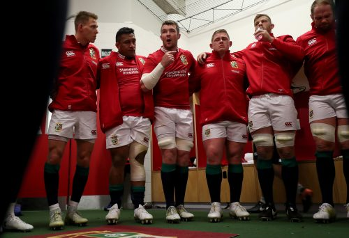 Captain Peter O'Mahony speaks in the team huddle before the game first Test.
