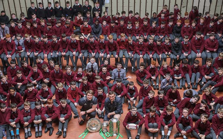 Six Nations Trophies Tour The Province