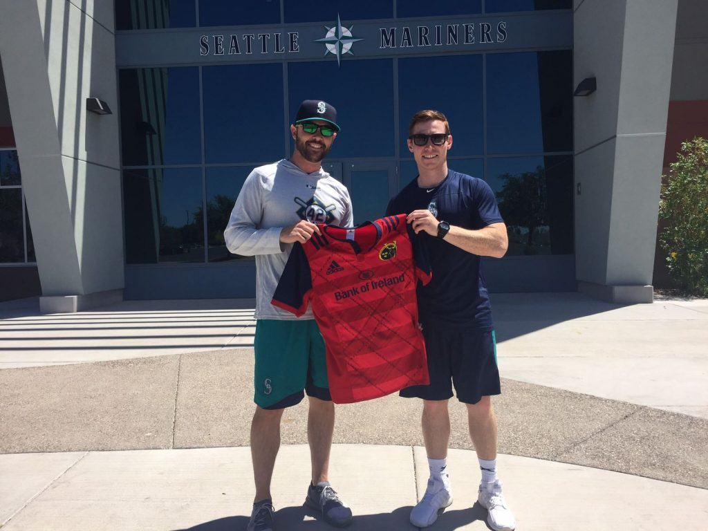 Cathal Sheridan with Derin McMains of the Seattle Mariners.