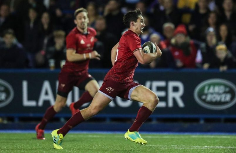 Joey Carbery makes a break against the Cardiff Blues.