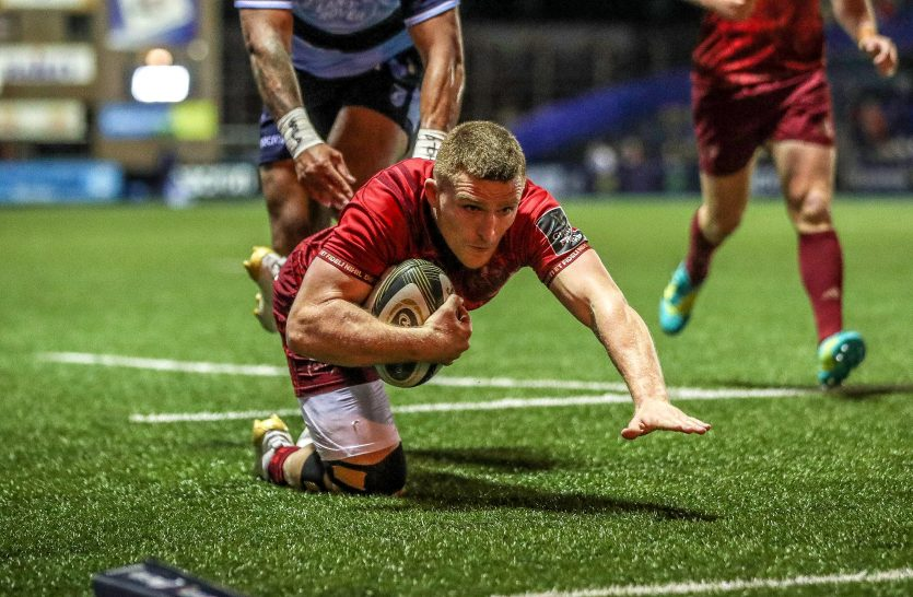Munster's Andrew Conway scores a try
