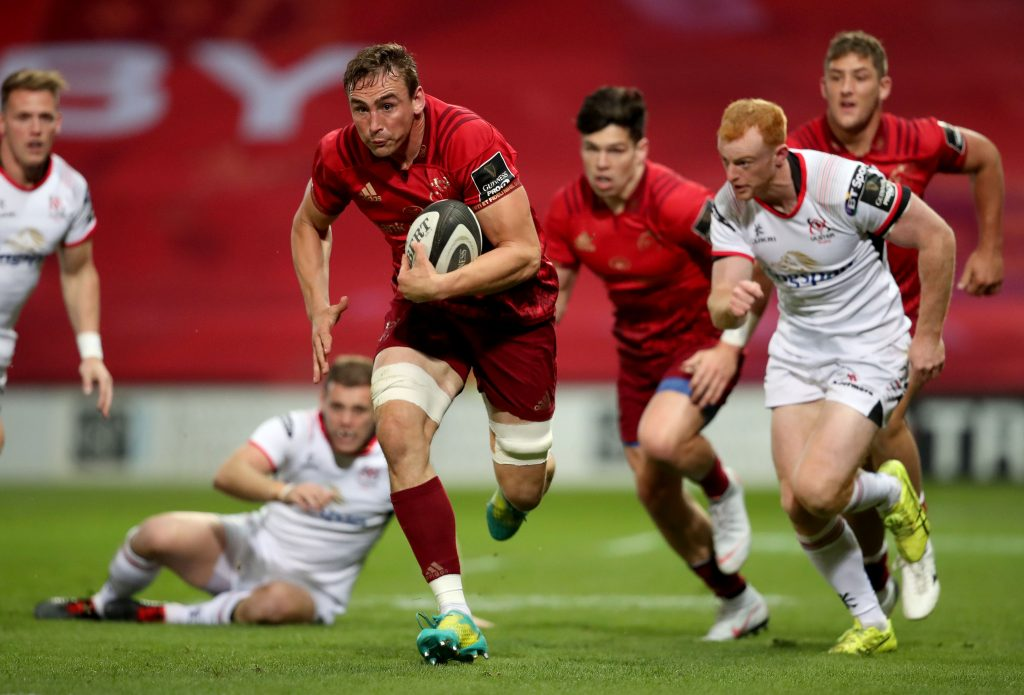 Tommy O'Donnell in action against Ulster.
