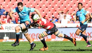 Jed Holloway on the charge for the Waratahs in the 2018 Super Rugby semi-final.
