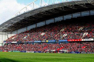 Thomond Park hosts Munster v Racing 92.
