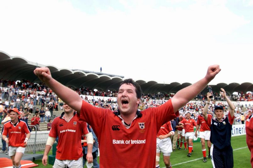 Anthony Foley celebrates beating Toulouse away in the 2000 European Cup semi-final.