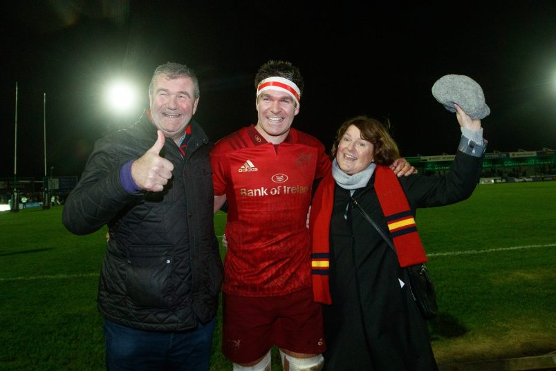 Billy Holland with his parents Jerry,a former Munster player and Ireland international himself, and Jean after making his 200th appearance.
