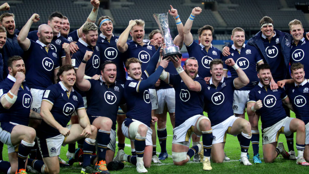 The Scotland team celebrate with the Auld Alliance trophy
