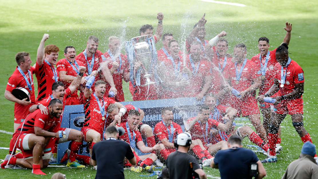 Saracens players celebrate winning the Gallagher Premiership