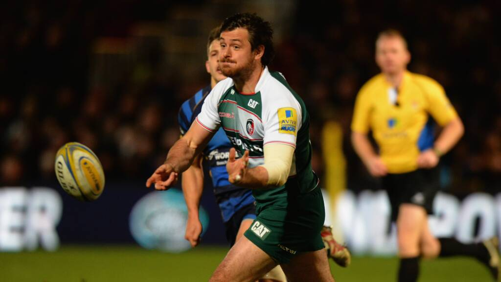 Smith stays with Leicester Tigers