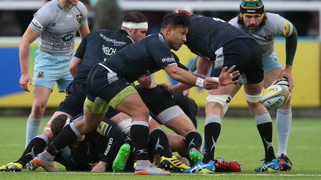Falcons welcome back international duo