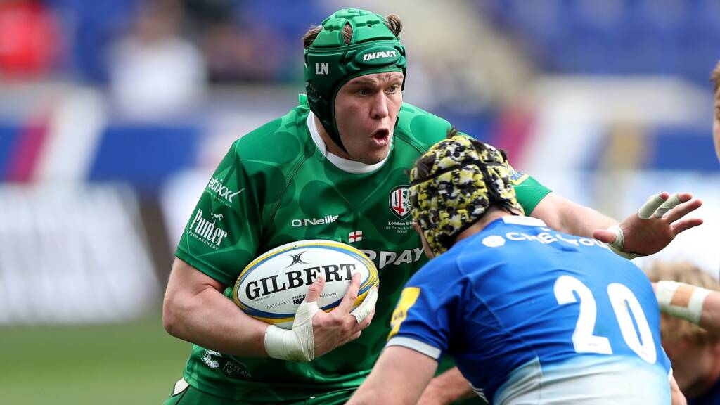 Narraway Commits Future To Exiles
