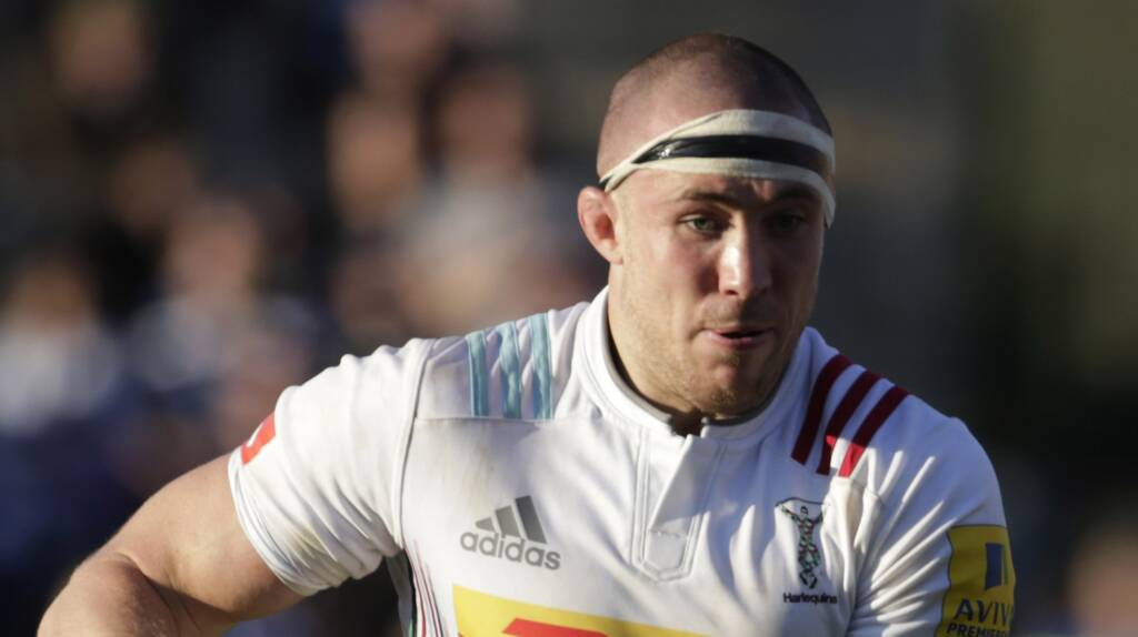 England full-back Mike Brown commits his future to Harlequins