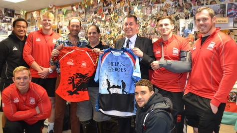 London Welsh pay a visit to Help for Heroes Recovery Centre Tedworth House