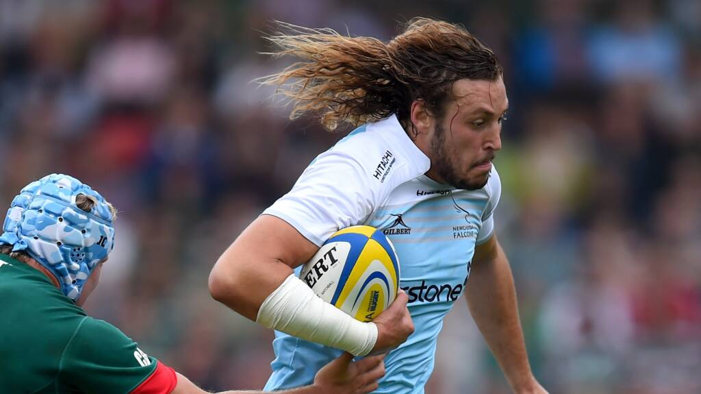 Returning internationals take to pitch against Wasps