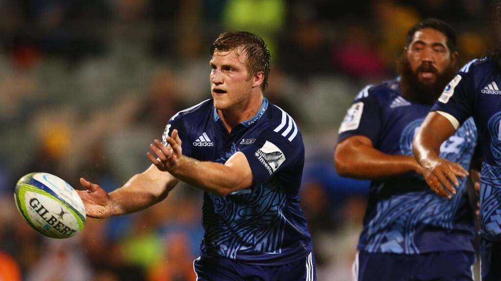 Leicester Tigers sign forward trio