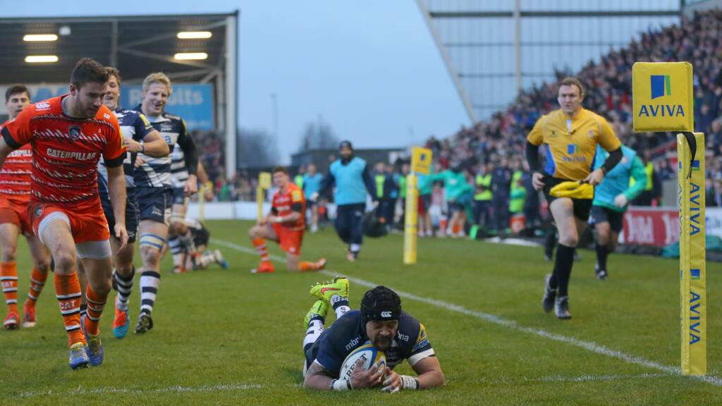 Lewis-Roberts and Tuitupou sign new deals