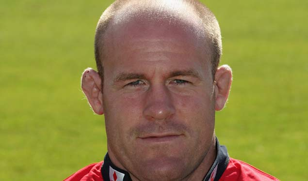 Buxton Extends Stay at Gloucester Rugby