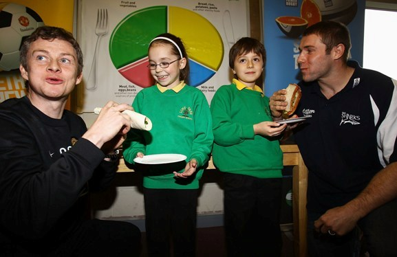Rugby and football come together to launch healthy eating programme